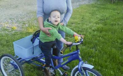 Трицикл за Лазара Васиљевића из села Варварин