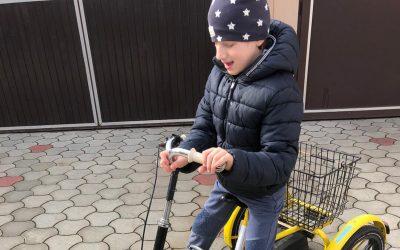 Сергеј из Панчева добио трицикл