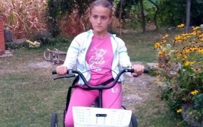 Каролина из Ваљева добила трицикл